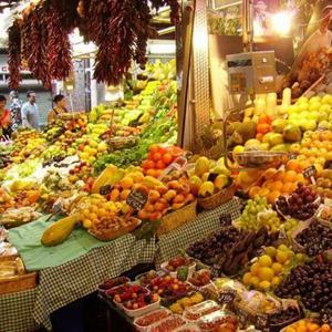 Рынки Вешенской